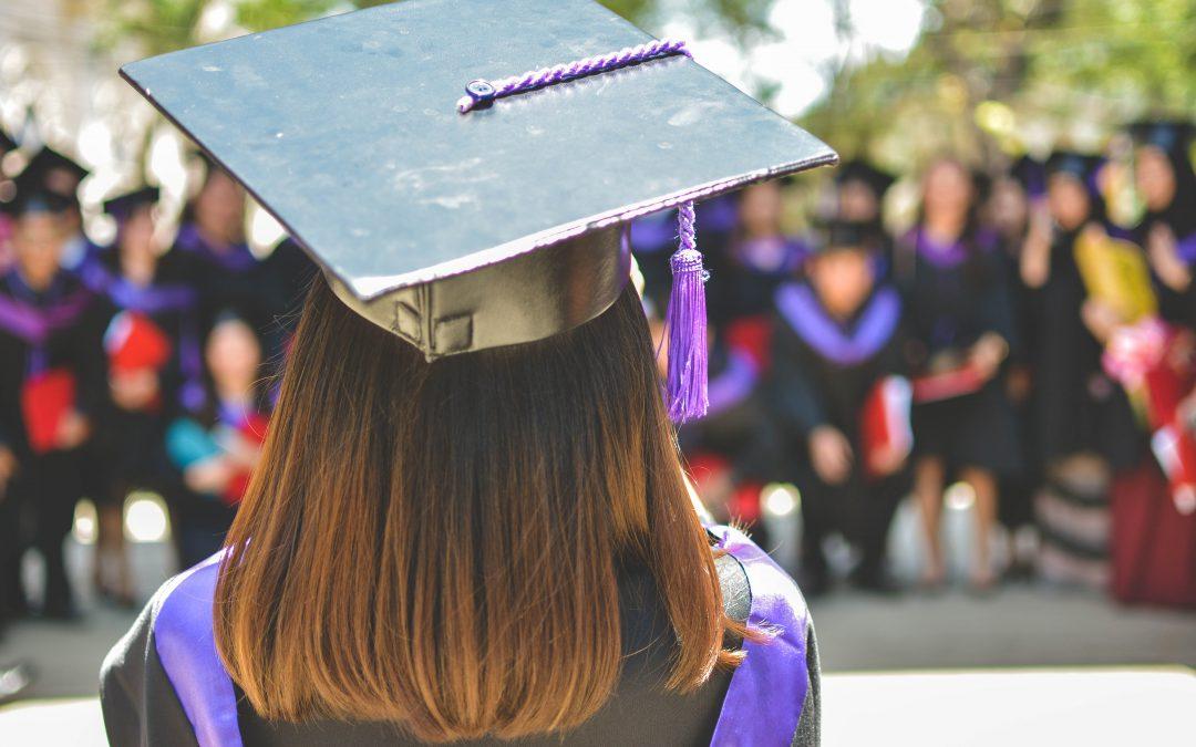Miért érdemes diplomát szerezni?